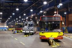 Volvo 7000A #8072, Ikarus 280.70E #5319, Jelcz 120MM/1 #9008 i Volvo 7700A #8127